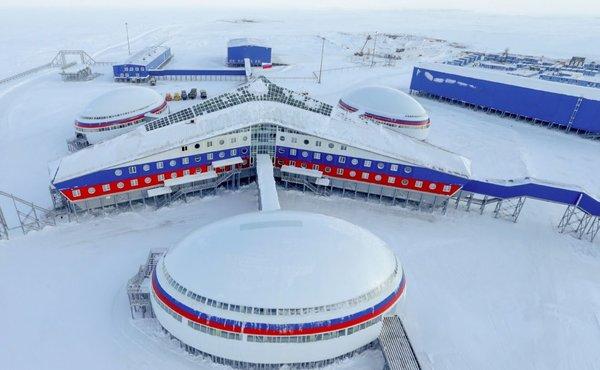 Россия плотно взялась за Арктику, через полгода сдается новая военная база.