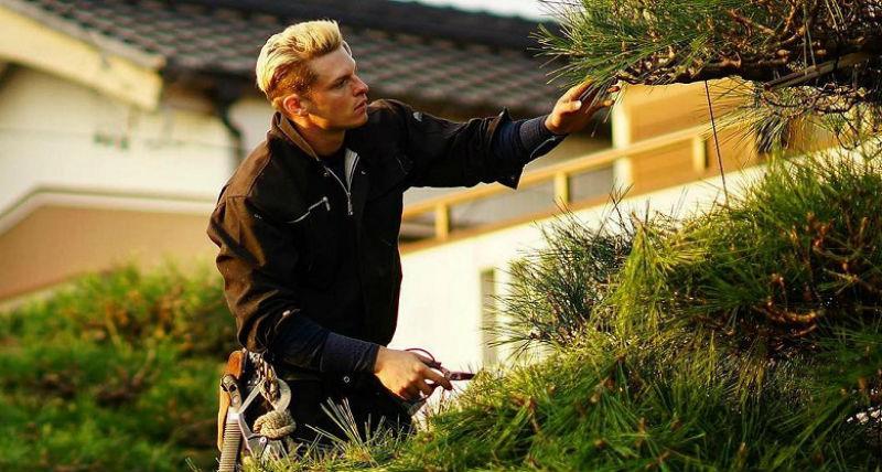 Япония влюблена в шведского бодибилдера, переехавшего к ним, чтобы стать садоводом