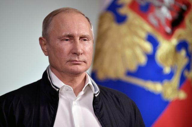 Путин выразил соболезнования в связи со смертью писателя Валерия Ганичева