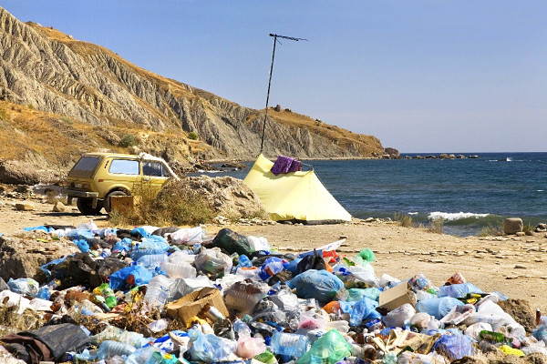 В Крыму проблему с мусором п…