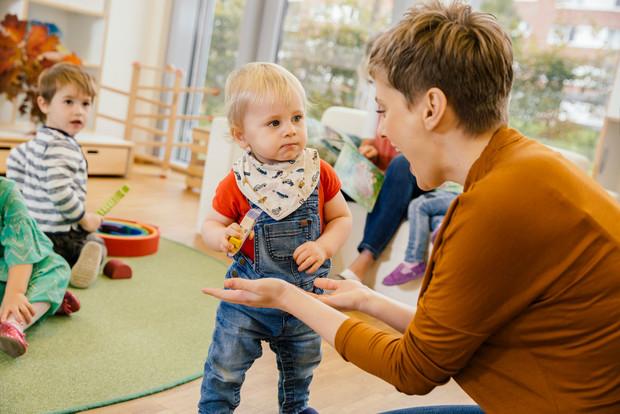 Фото №3 - Первый раз в детский сад: можно ли избежать истерик у малыша