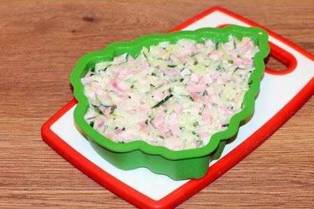 "Салат с беконом  и овощами "" елочка"": фото шаг 7"