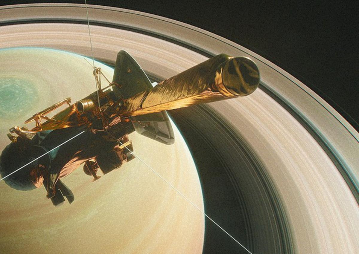 Кольца Сатурна оказались современниками динозавров