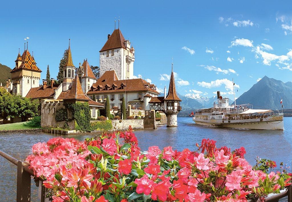 Замок Оберхофен в Швейцарии