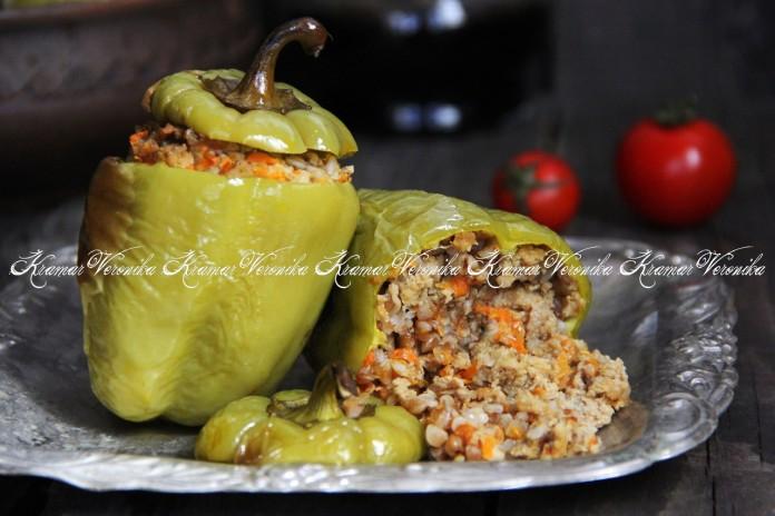 Оригинальное и очень вкусное блюдо — Перцы, фаршированные гречкой