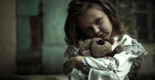Мать отказалась от меня и отдала в детдом, а через годы я встретила её