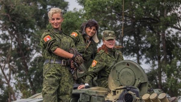 Избавляются от «частных армий», никакого слива нет: Александр Жучковский о переподчинении силовиков в ДНР