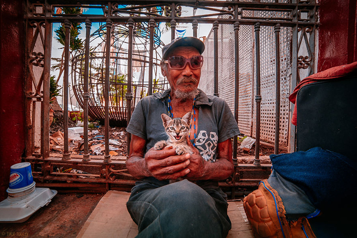 i-spent-20-days-in-cuba-documenting-the-life-of-local-people__880