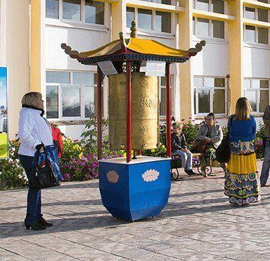 Байкал, рекордная голова Ильича и немного буддизма: гид по Бурятии
