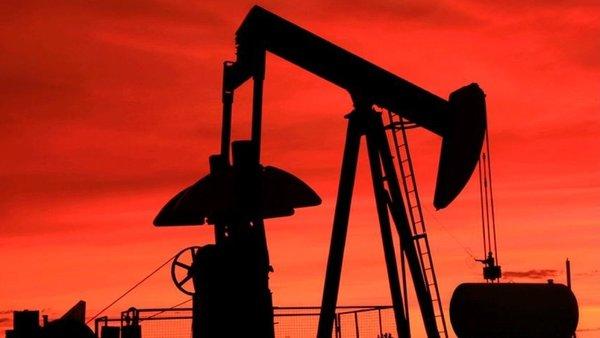 На Украине боятся, что Россия прекратит поставки нефтепродуктов, цены на бензин сильно увеличатся
