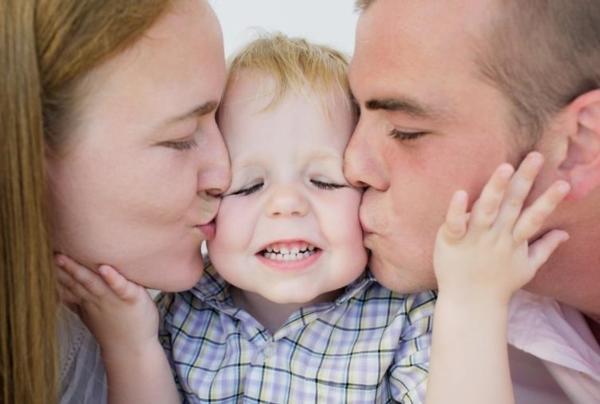 10 примеров того, как родители врут своим детям