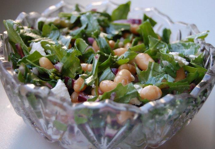Салат из черемши с фасолью