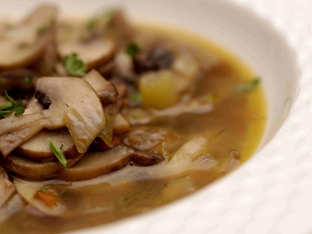 Что можно приготовить из соленых грибов: рецепты, особенности приготовления, фото