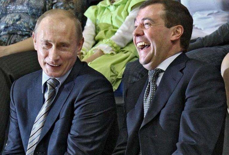 Зеленскому не позавидуешь: А если теперь стенограмму опубликует Путин?