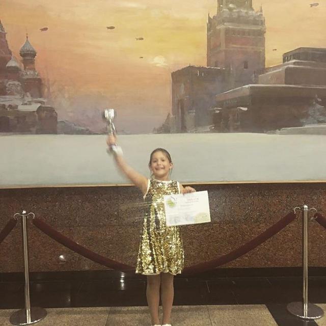 Дочь Даны Борисовой: Хотите верьте, хотите не верьте, но это написала я!