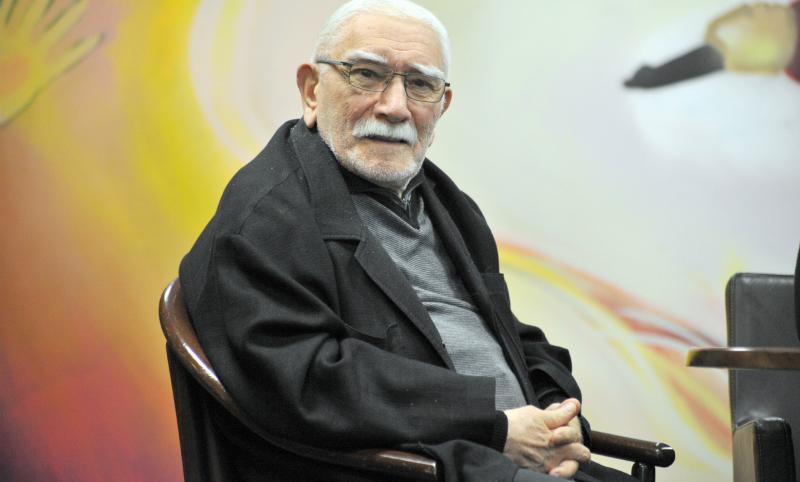 Армена Джигарханяна могут отправить на покой