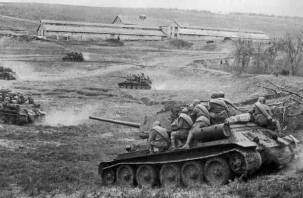 """""""Самый лучший танк в мире"""": почему немецкие генералы так отзывались о Т-34"""