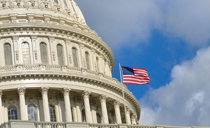 Сенатор США призвал ввести запрет на импорт саудовской нефти в связи с убийством Хашкаджи