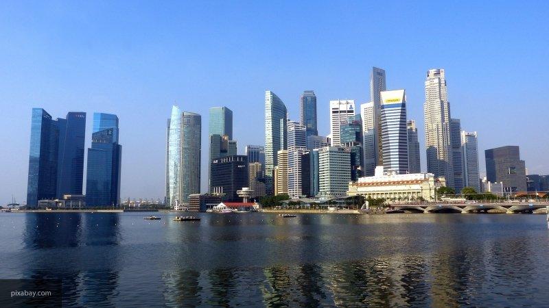 В Сингапуре после угрозы о з…