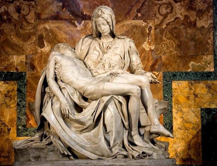 «Рietа». «Оплакивание Христа».(1498).Автор: Микеланджело Буонарроти |Фото:livemaster.ru.