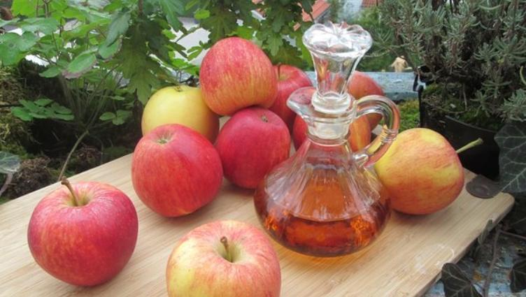 Яблочный уксус купите и всю семью лечите - проблем не будет, все будут здоровы!