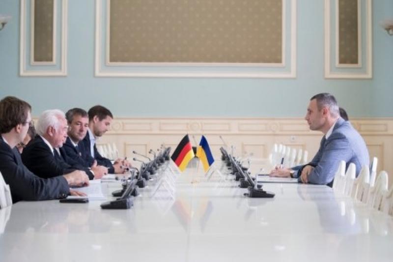 Кличко не понял с кем встречался: Киевский мэр убеждал друзей России из Германии усилить антироссийские санкции