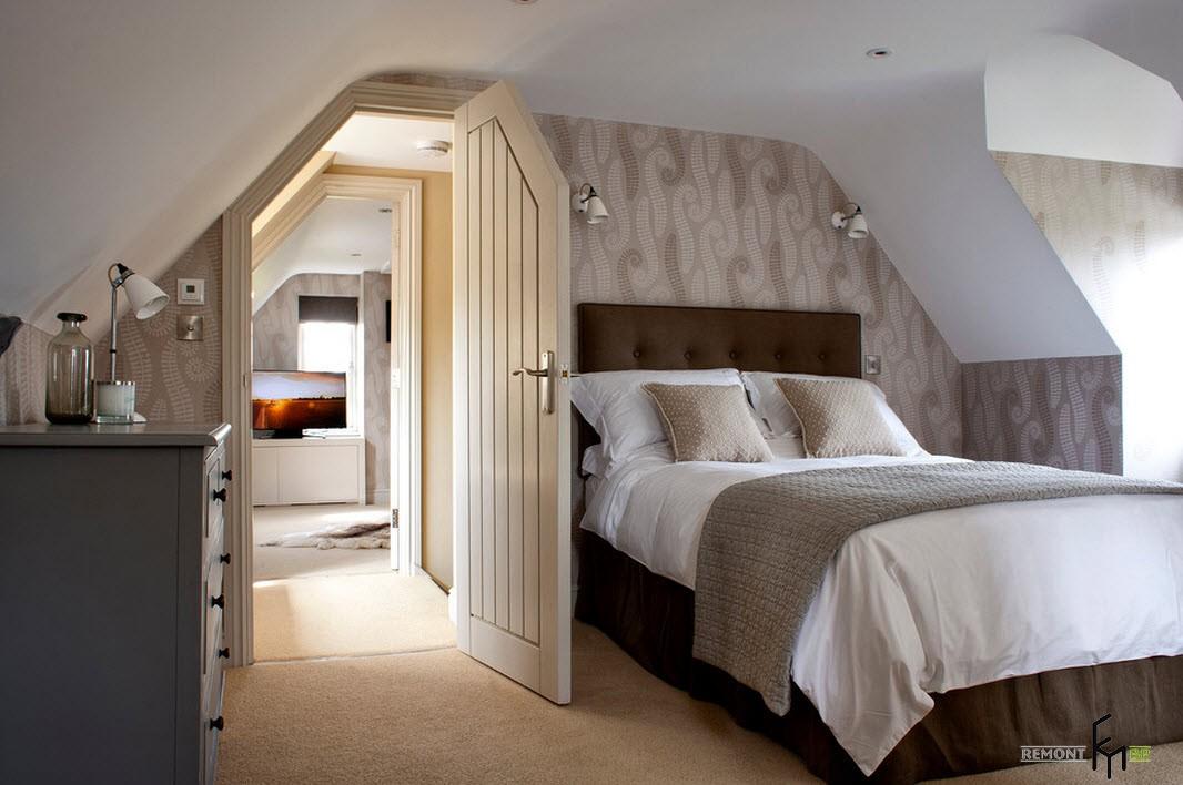 Маленькая спальня на мансарде дизайн