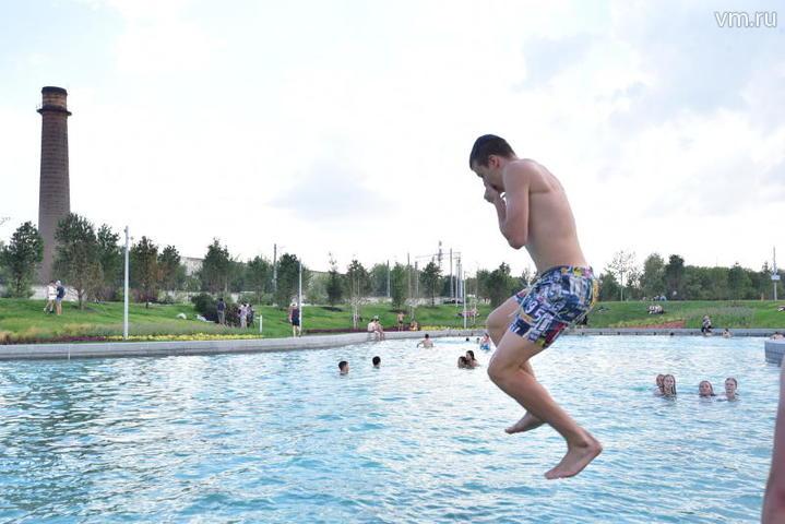 Летняя осень: 8 зон для купания все еще открыты в Москве