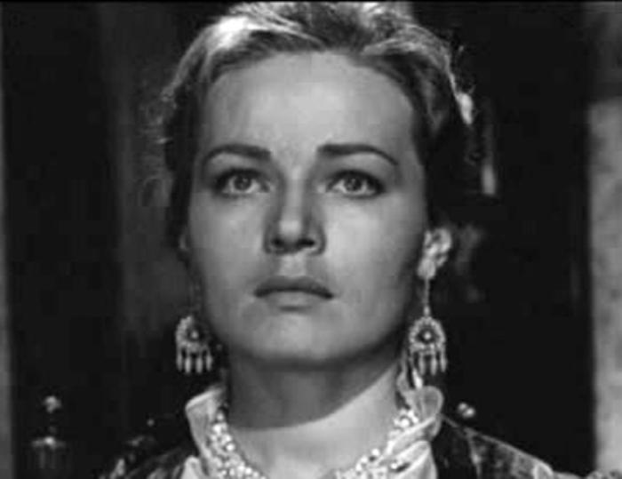 Людмила Чурсина в роли Анфисы в *Угрюм-реке*, 1968 | Фото: kino-teatr.ru