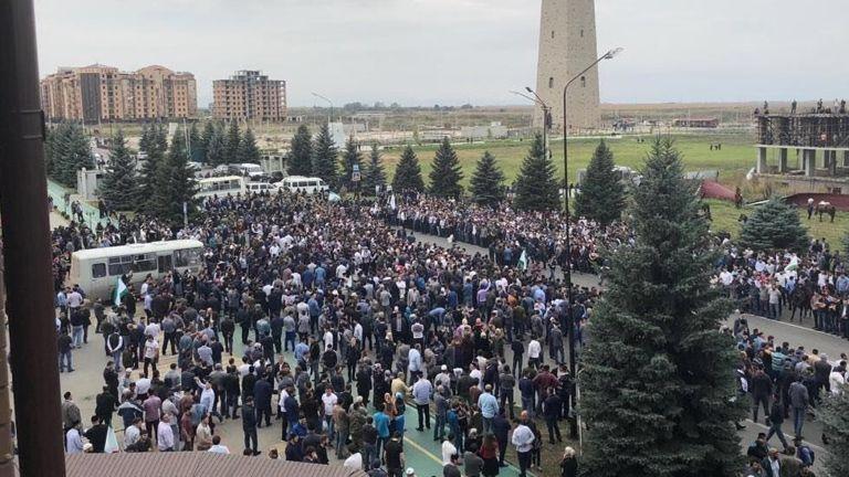 Митинг в Ингушетии против до…