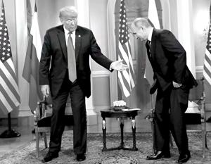 NYT: Трамп показал себя лакеем Путина