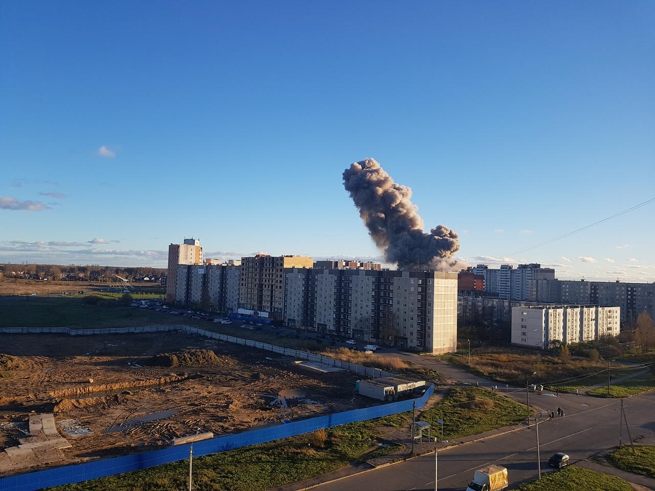 Взрыв на заводе «Авангард» в Гатчине унес несколько жизней: первые фото с места ЧП