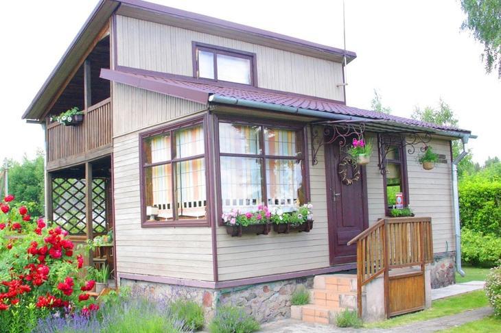 Купили заросший домик и навели красоту без больших финансовых затрат