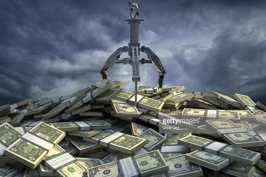 О ситуации с конфискацией долларов у россиян: важные обновления