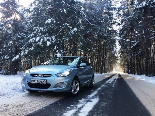 «Обуть» Hyundai Solaris: О «правильных» зимних покрышках для «корейца» рассказал блогер