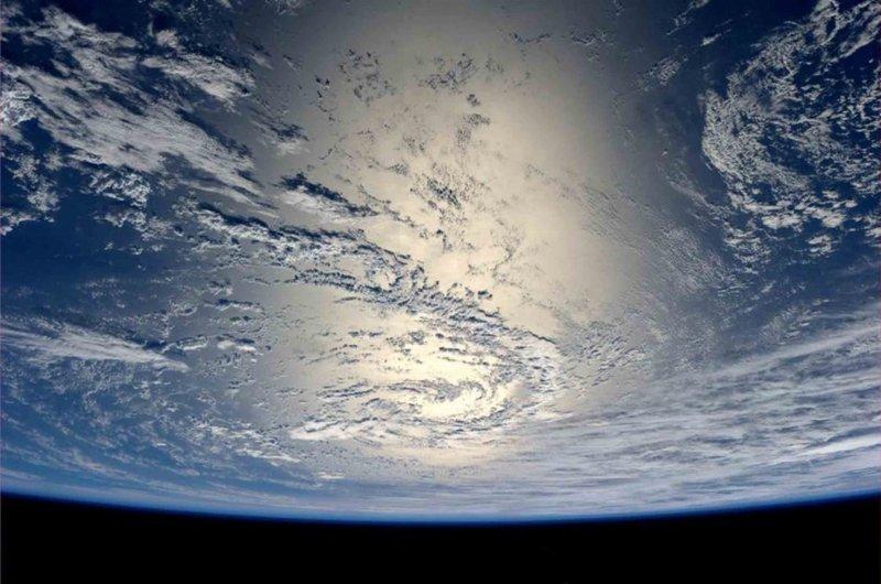 Отражение лучей солнца от поверхности океана земля, космос, красота, природа, фото