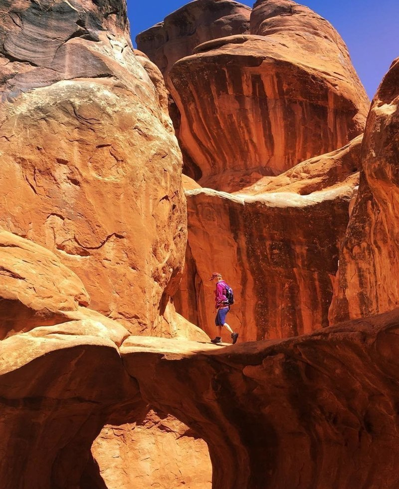 Арчес — национальный парк США, расположенный в штате Юта марс, марсианские пейзажи, необычная местность, пейзажи, похоже на Марс, странная местность