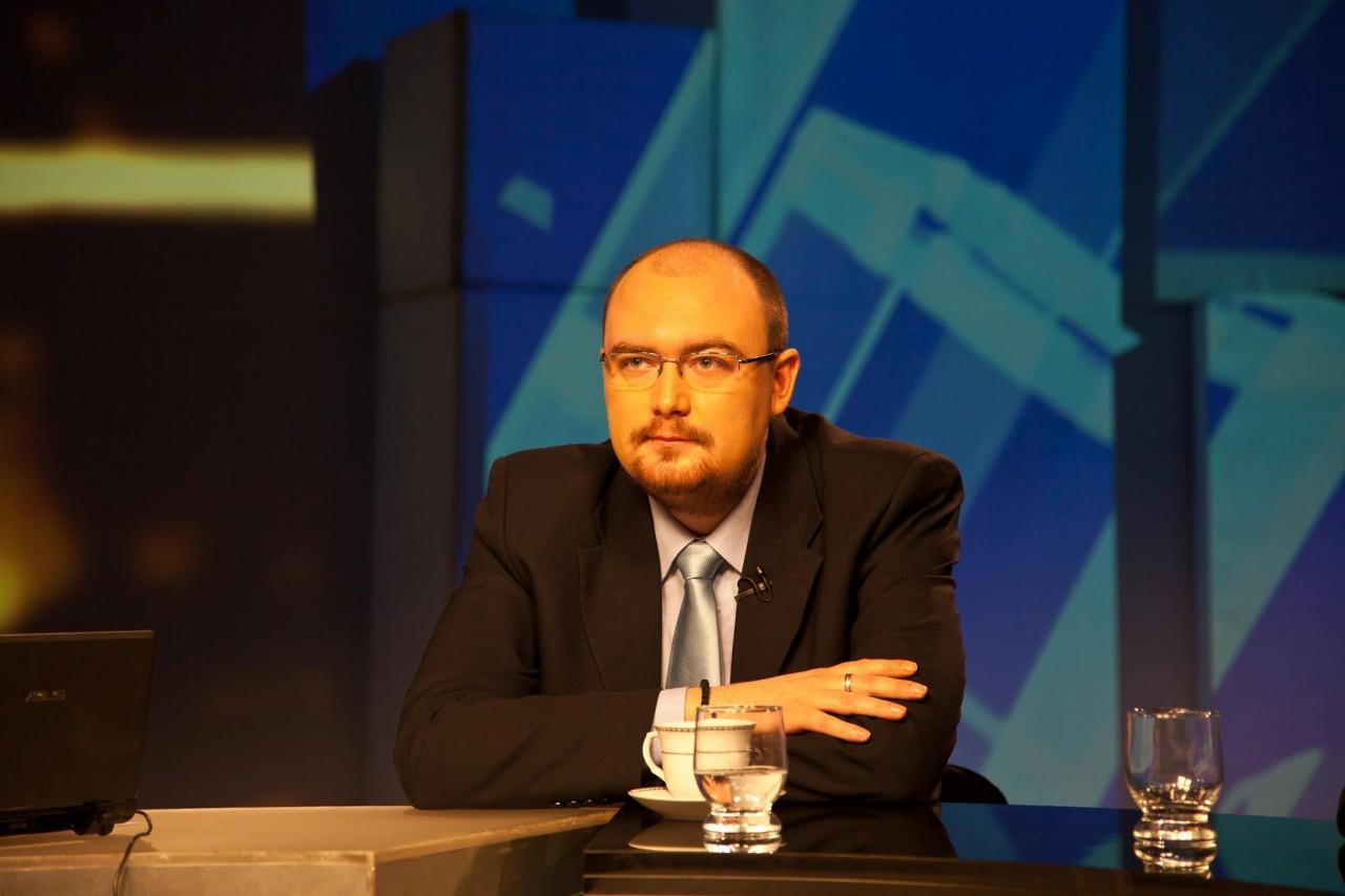 Большинство жителей Украины выступает за назначение внеочередных выборов президента