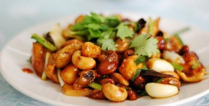 Приготовите один раз и будете готовить всегда: Курица по-тайски с орешками кешью