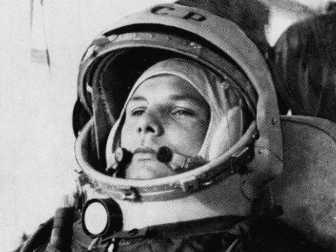 Как советские космонавты применяли табельное оружие