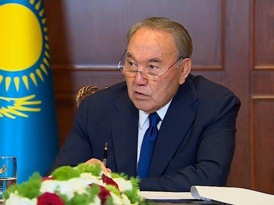 Назарбаев объяснил, почему России не нужно отхватывать кусок Украины