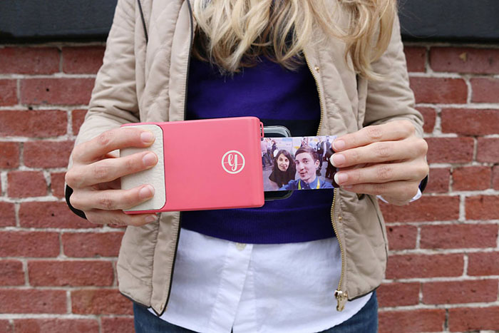 Моментальные снимки с телефона: принтер без чернил распечатывает любые фото прямо на месте