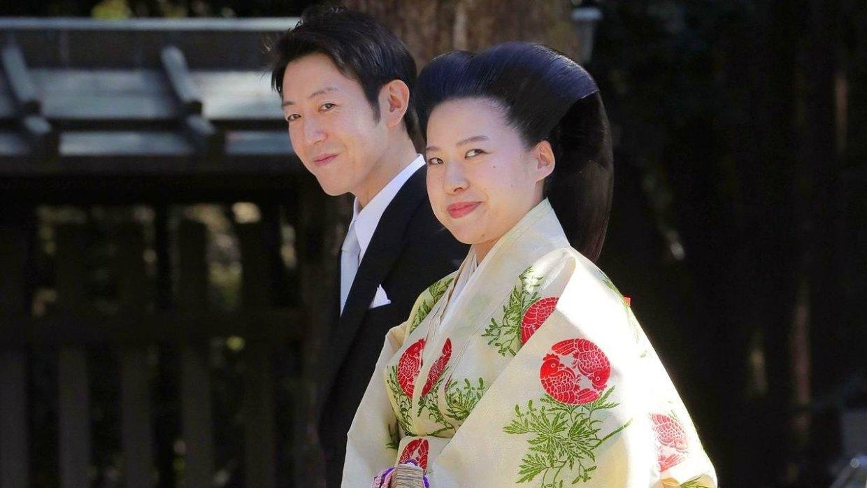 Японская принцесса отказалас…