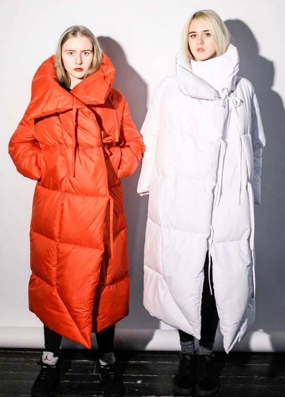 Уютно и тепло: пуховики-одеяла «взорвали» Инстаграм