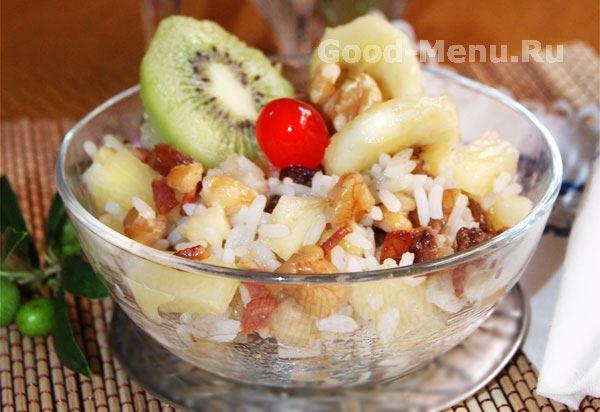 Диетический салат с рисом