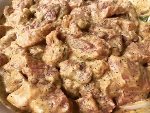 Свинина в горчичном соусе с картофелем в духовке recipe step 2 photo