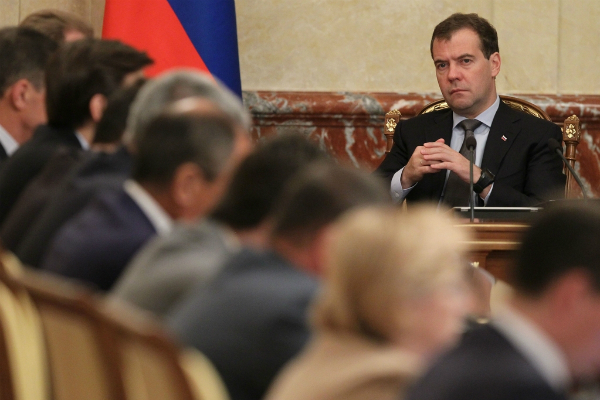 Медведев: Санкции против банков равнозначны объявлению торговой войны