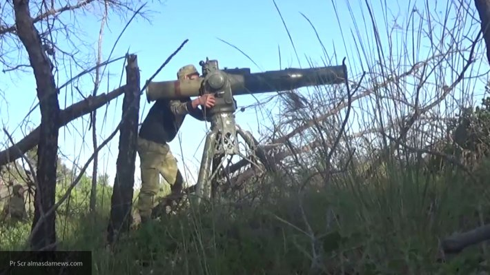 Детонация БК: боевики засняли момент превращения «Гвоздики» в груду металла