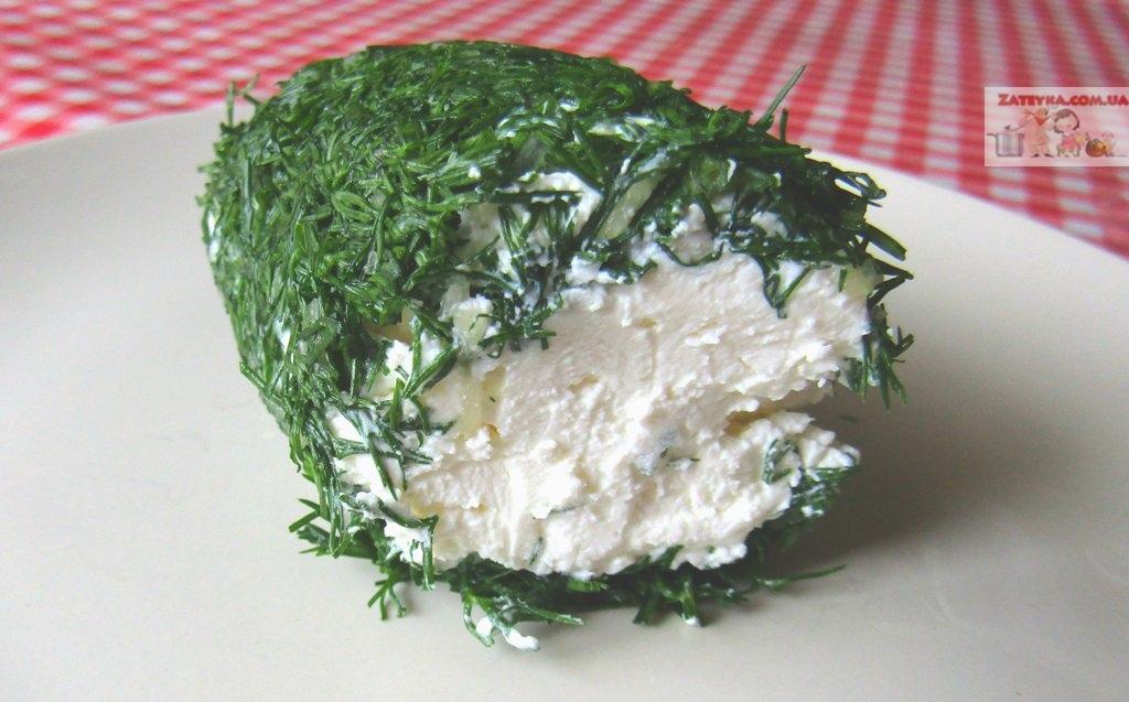 Домашний сливочный сыр с зеленью и чесноком