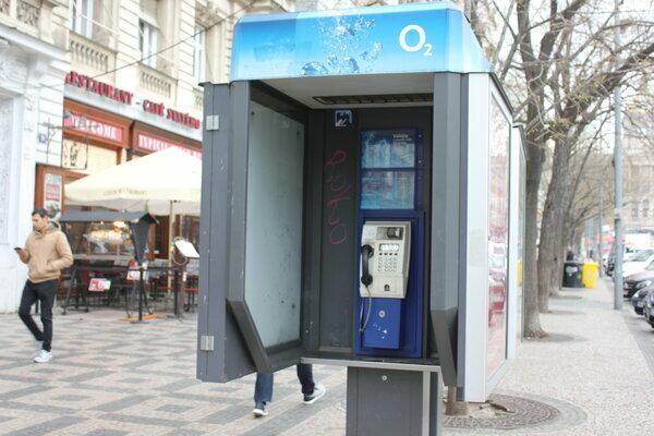 таксофон на Вацлавской площади